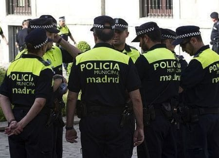 Polizisten der Policia Local in Spanien
